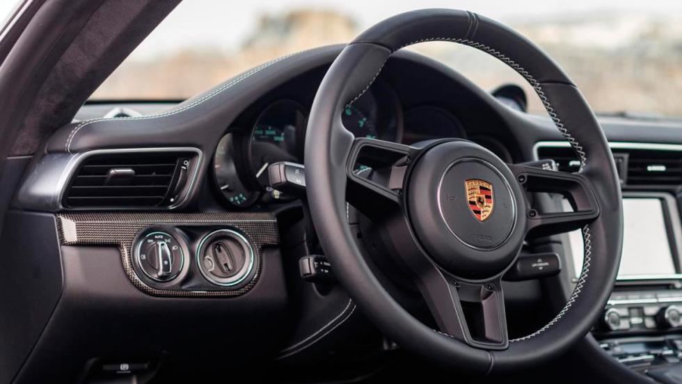 Porsche 911 R (III)