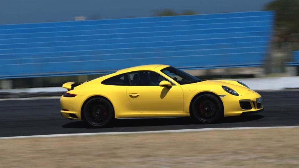 Prueba Porsche 911 Carrera GTS 2017 (lateral)