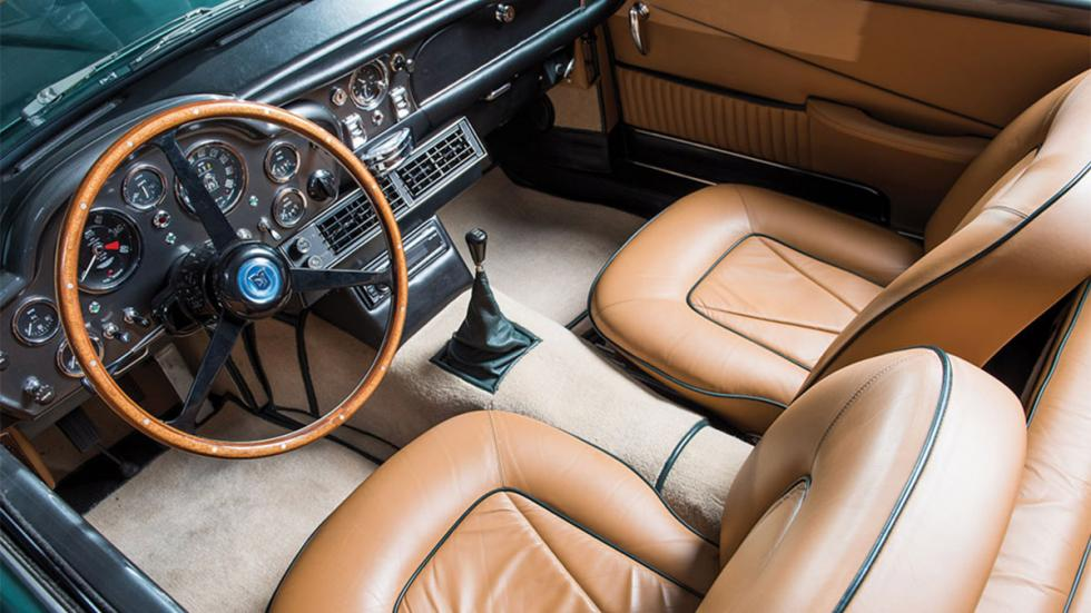 Aston Martin Short Chasis Volante