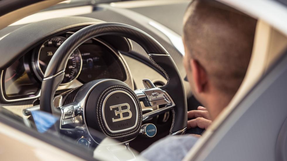 Chris Harris con el Bugatti Chiron (VII)