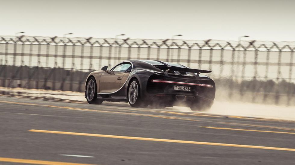 Chris Harris con el Bugatti Chiron (VIII)