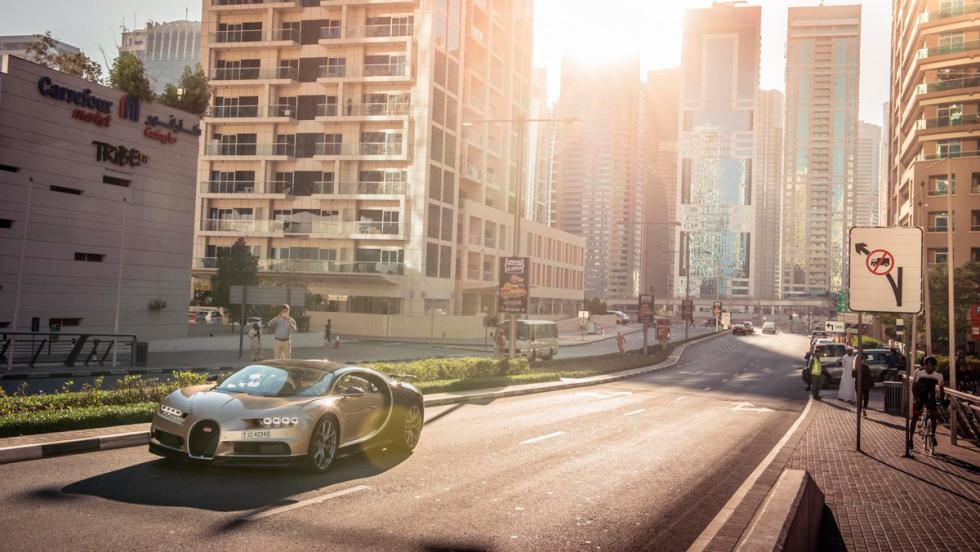 Chris Harris con el Bugatti Chiron (XIV)