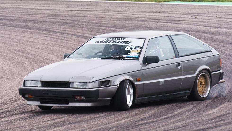 Los coches de drift más locos - Isuzu Piazza