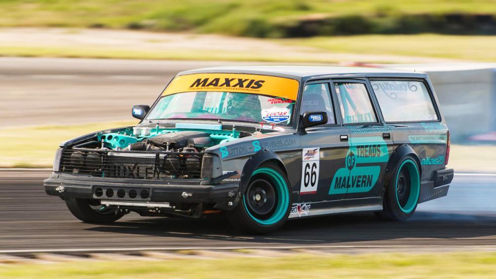 Los coches de drift más locos - Volvo 240