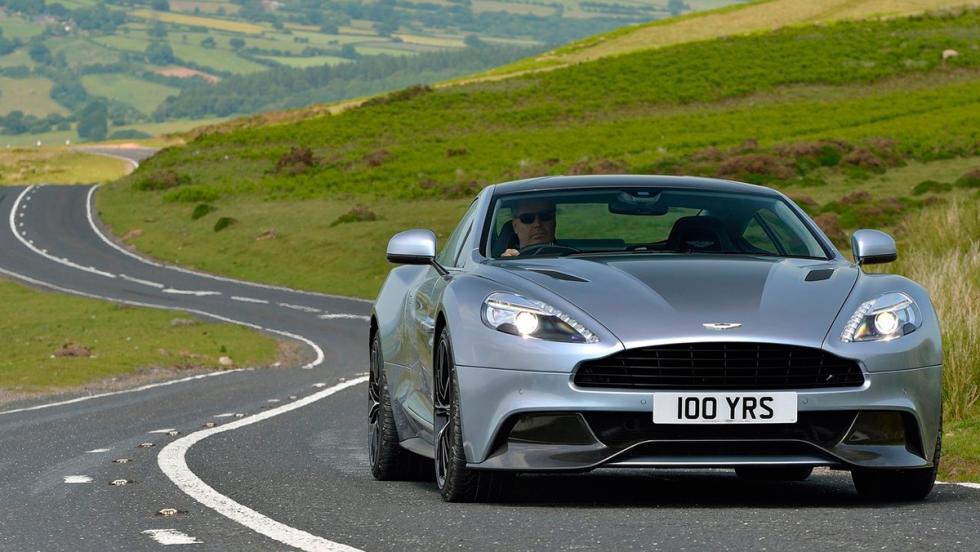 Coches más lentos que el Audi RS5: Aston Martin Vanquish