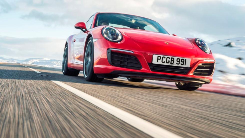 Coches más lentos que el Audi RS5: Porsche 911 Carrera S