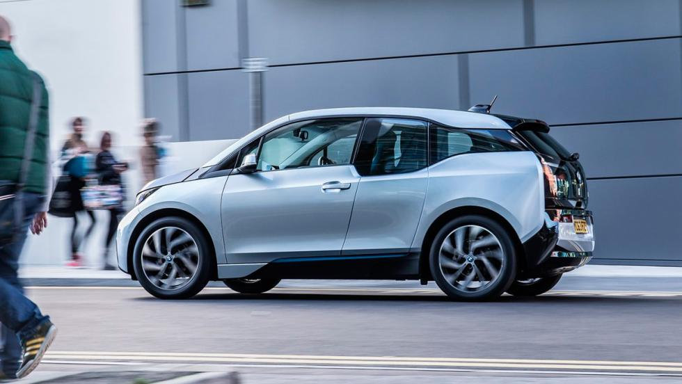 Coches que aparcan solos, BMW i3 (II)