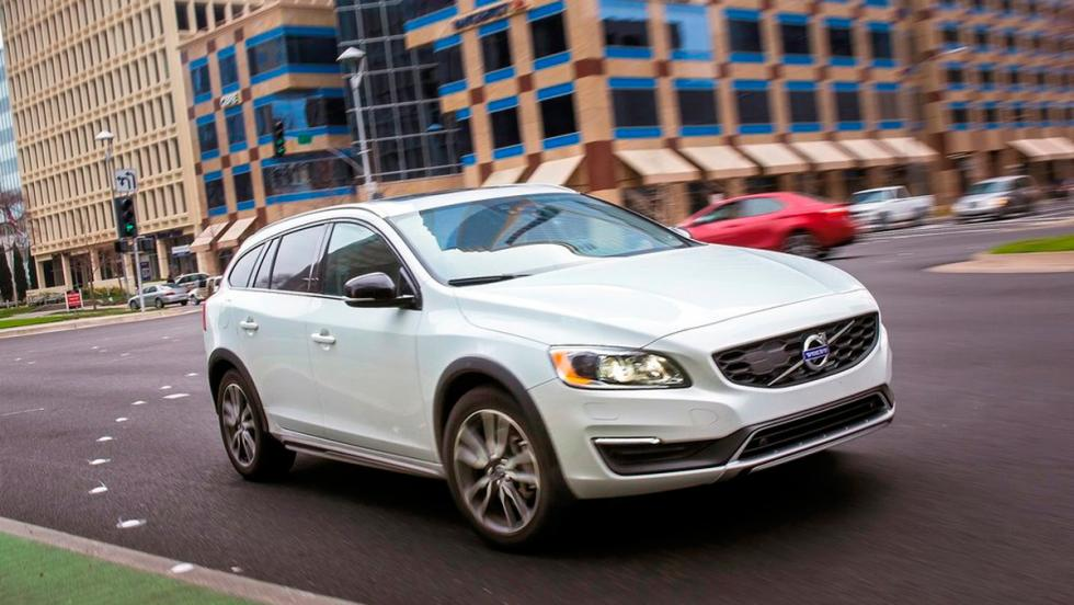 Coches que aparcan solos, Volvo V60 (II)