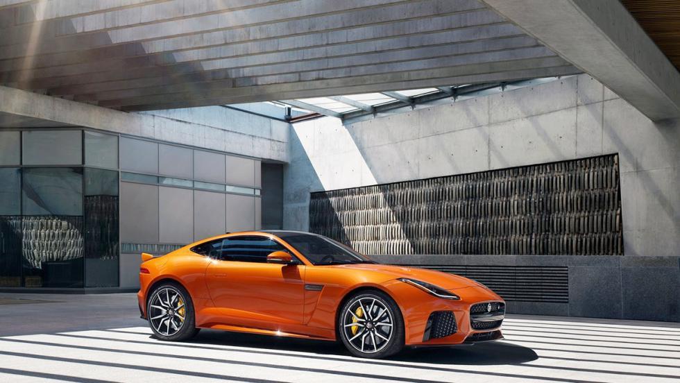 Deportivos circuiteros que en realidad no lo son - Jaguar F-Type SVR