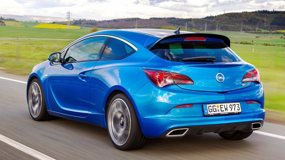 Deportivos circuiteros que en realidad no lo son - Opel GTC OPC