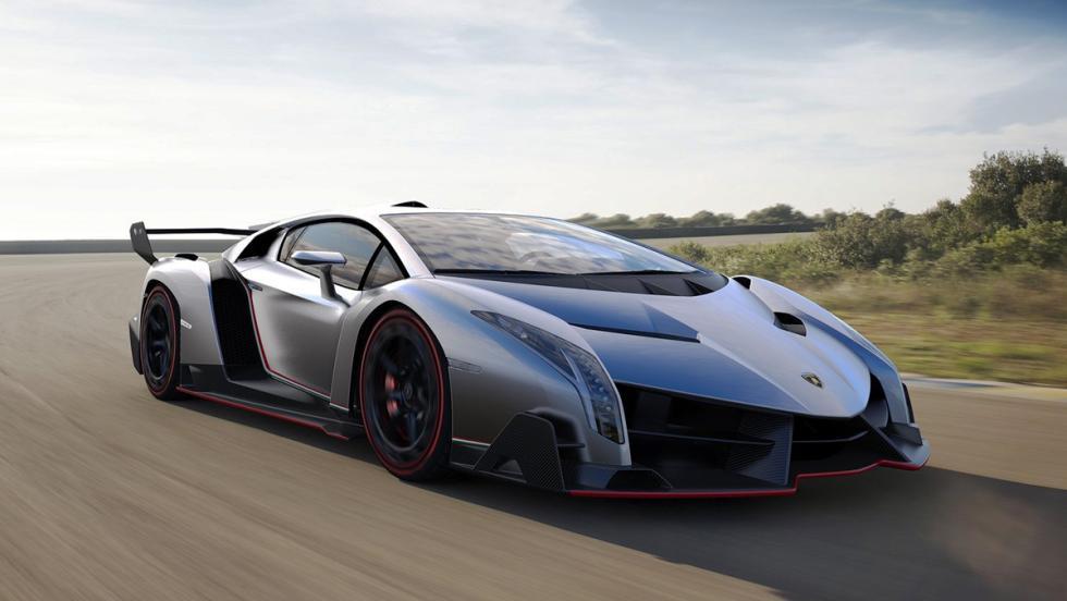 Los detalles más curiosos que esconden los coches - Lamborghini Veneno