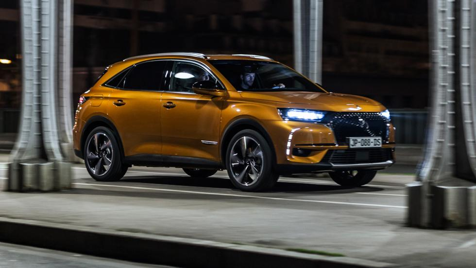 DS7 Crossback lateral