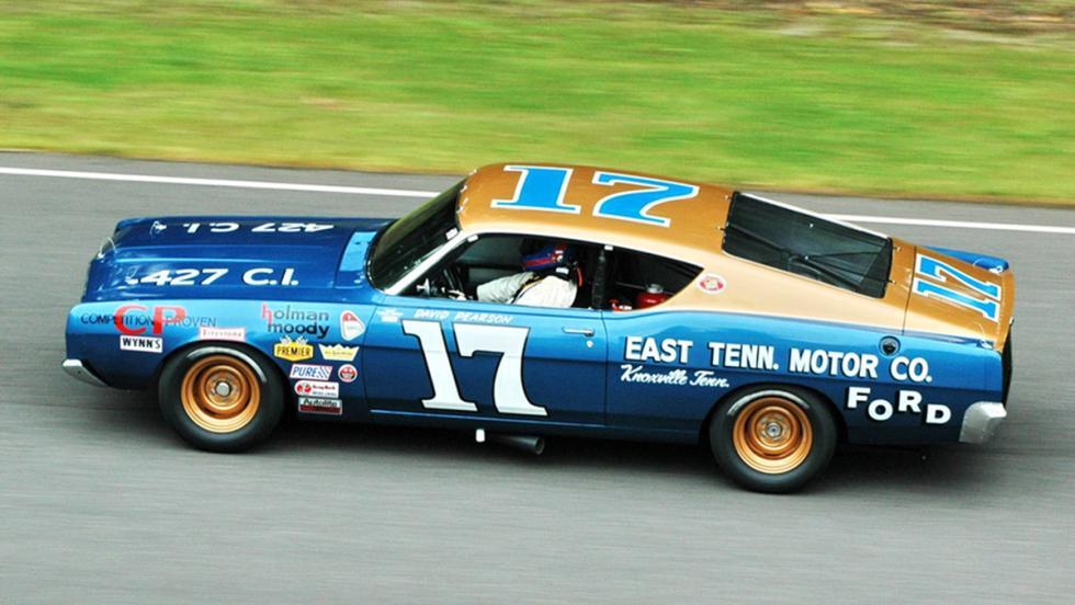 La historia del Ford Gran Torino - Hizo sus pinitos en competición
