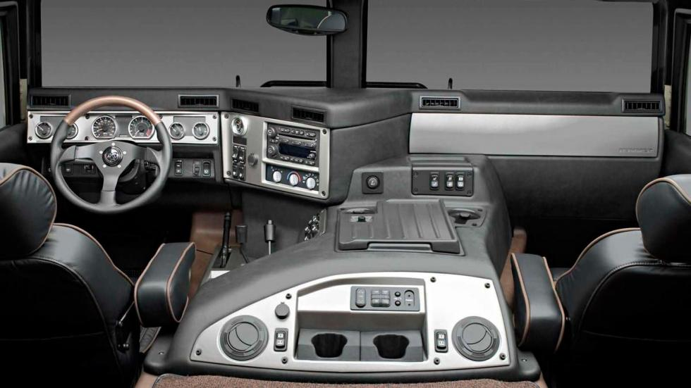 Interior Hummer H1 atasco