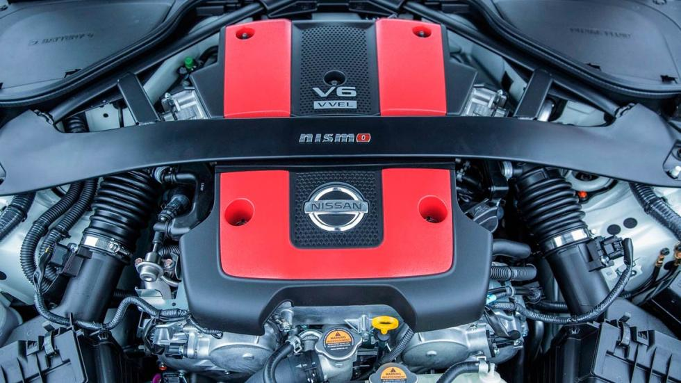 Nissan 370Z Nismo motor atmosférico