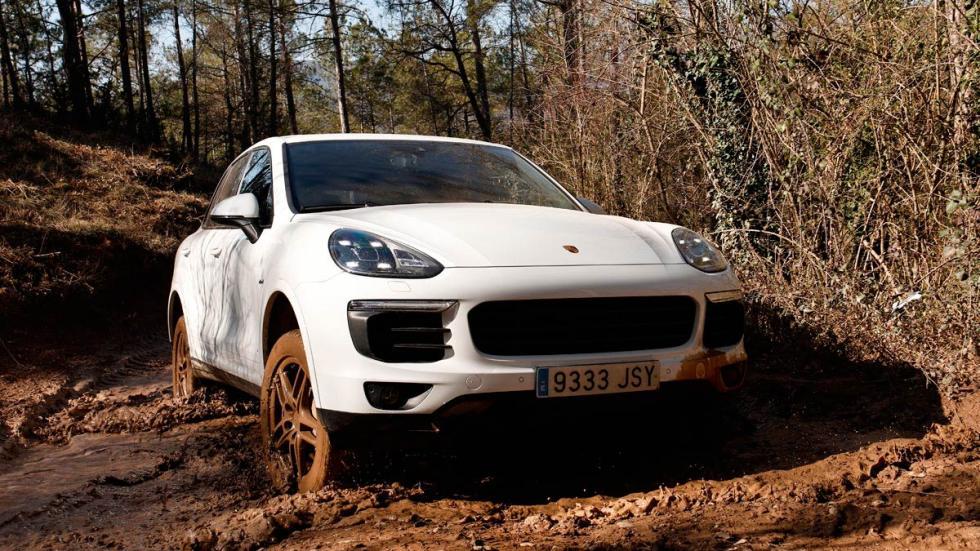 Prueba Porsche Cayenne barro