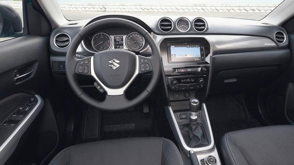 Todos los rivales del Dacia Duster 2017 - Suzuki Vitara