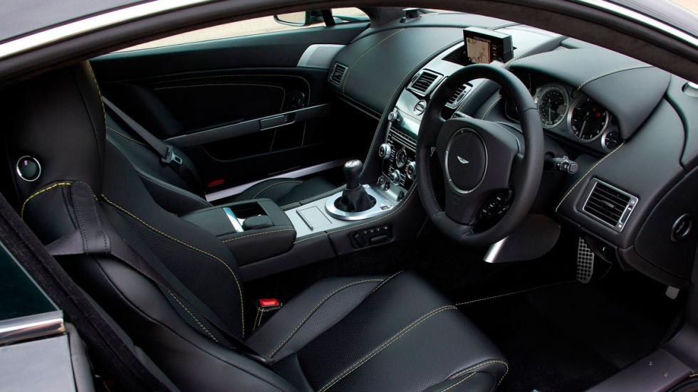 Aston Martin V8 Vantage coches nuevos antiguos