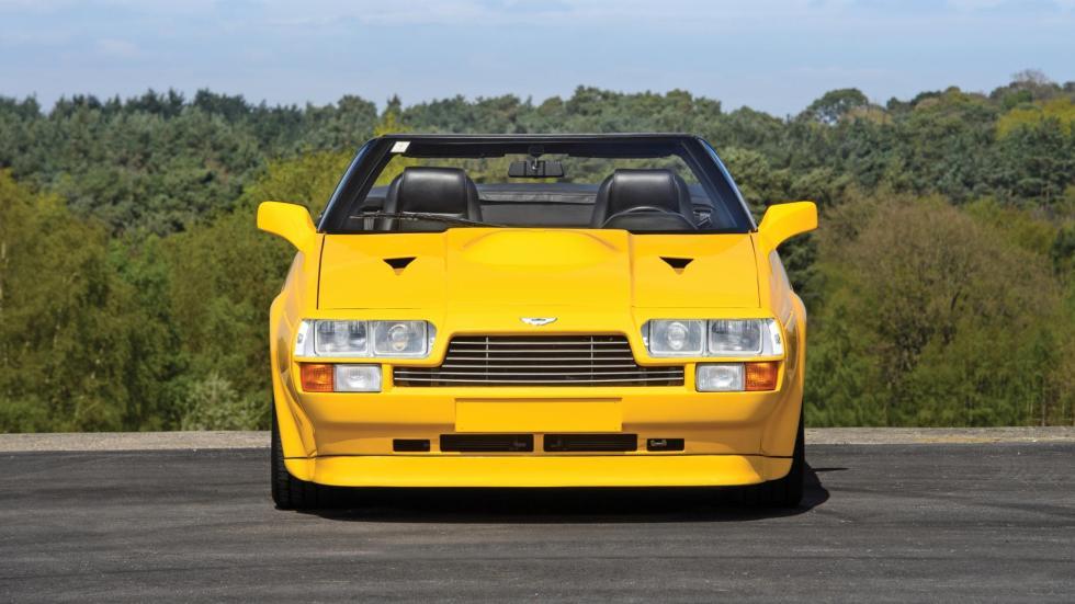 Aston Martin V8 Volante Zagato descapotable lujo deportivo