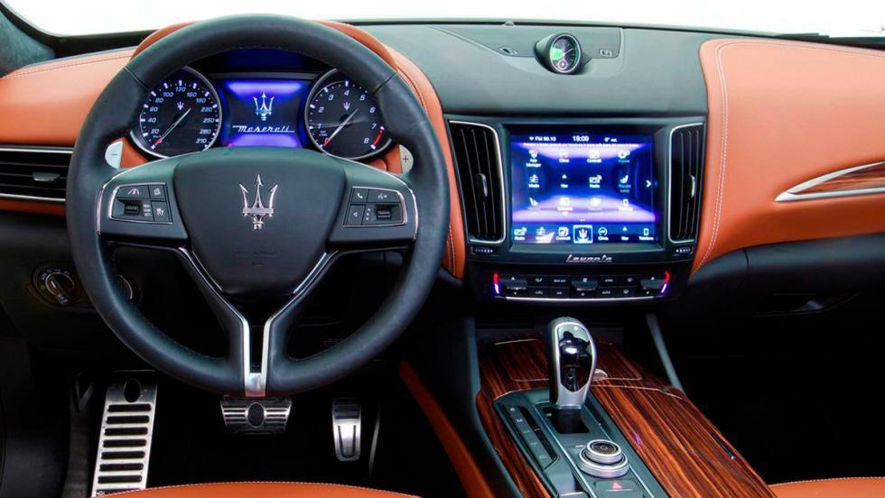 Coches con el mejor interior 2017: Maserati Levante