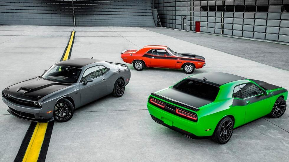 Dodge Challenger clásico deportivo
