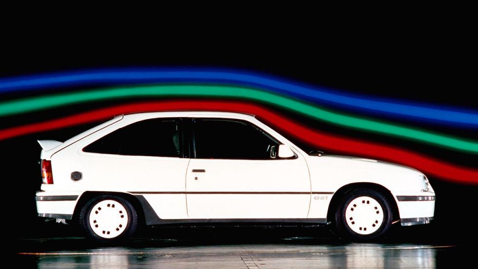 La espectacular aerodinámica del Kadett GSi dejó a todo el mundo pasmado