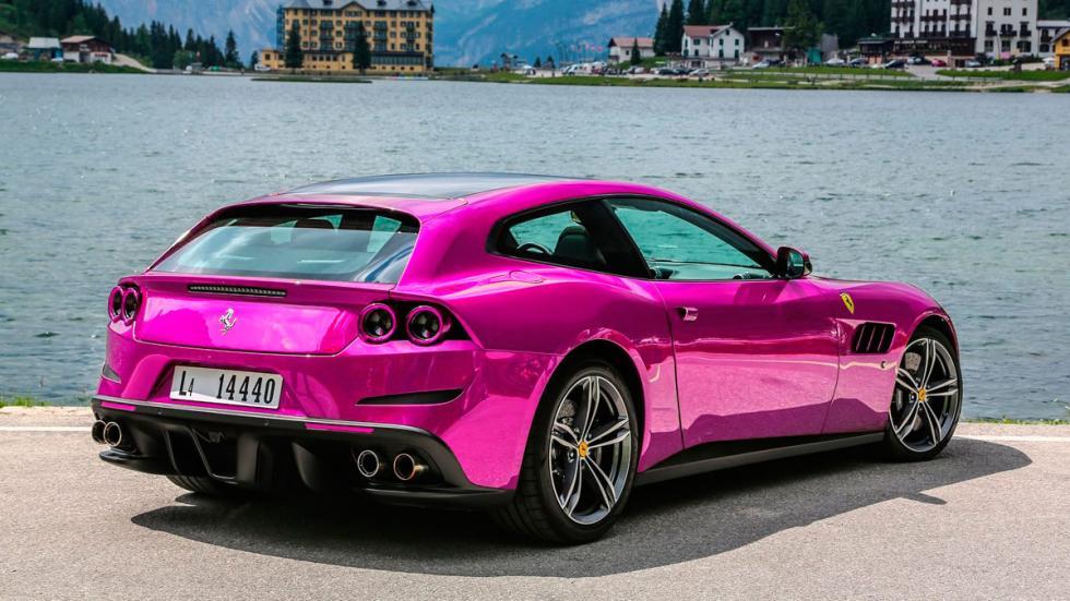 Ferrari rosa