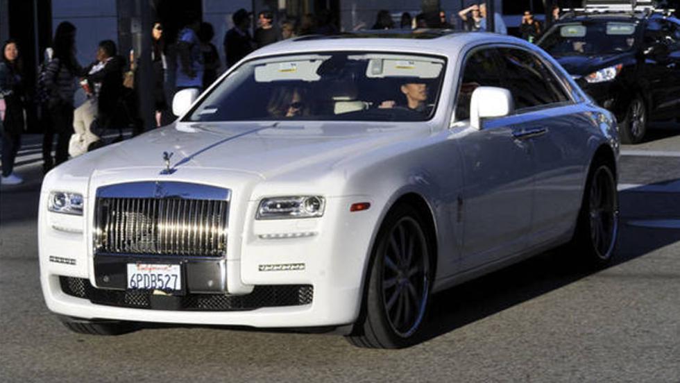 Kim Kardashian pillada en su precioso Rolls Ghost