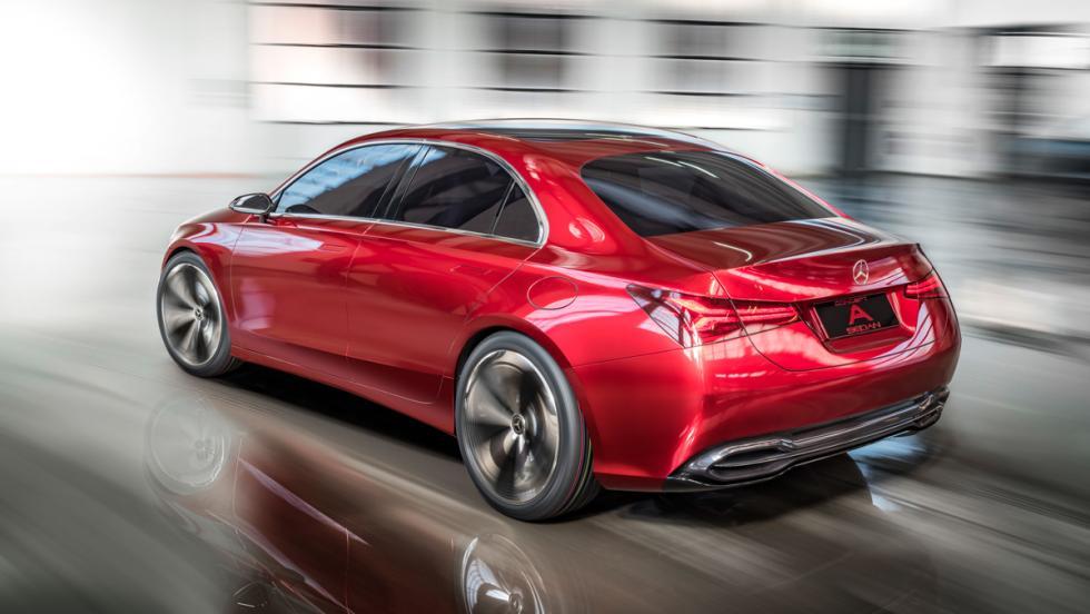 Mercedes Concept A Sedan (trasera)