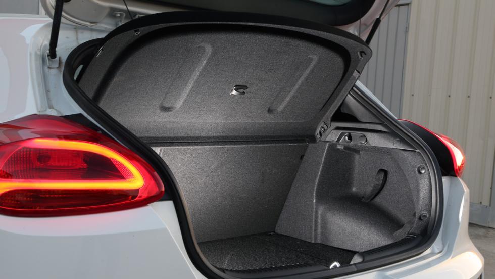 Prueba Kia Proceed GT (maletero)