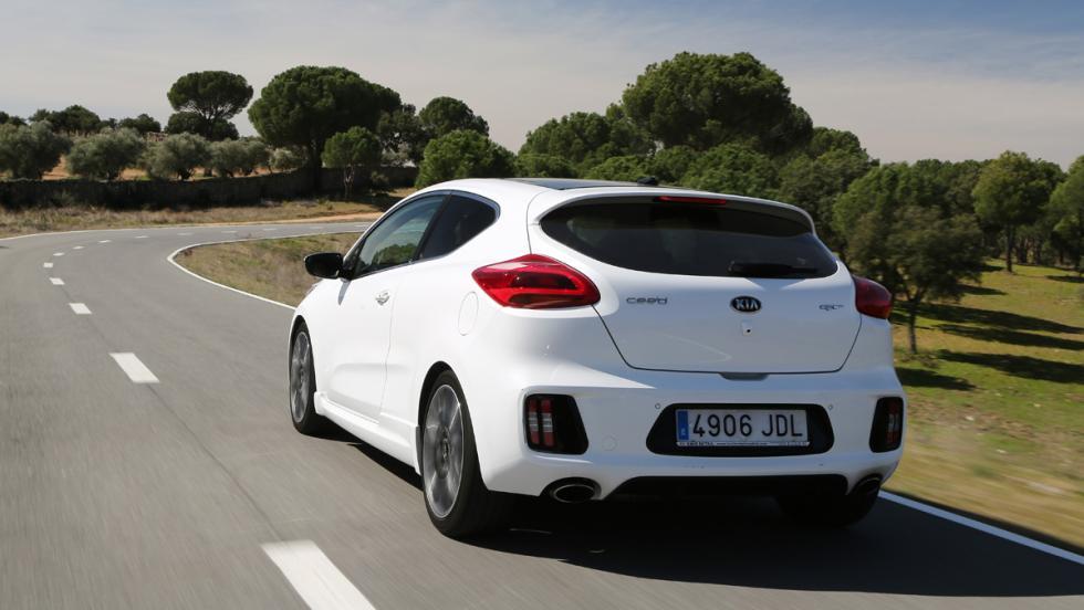 Prueba Kia Proceed GT (trasera)