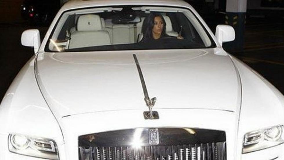 ¡Qué pedazo Rolls (Ghost) de Kim Kardashian!