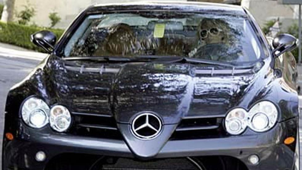 La rica heredera con este bicharraco de Mercedes