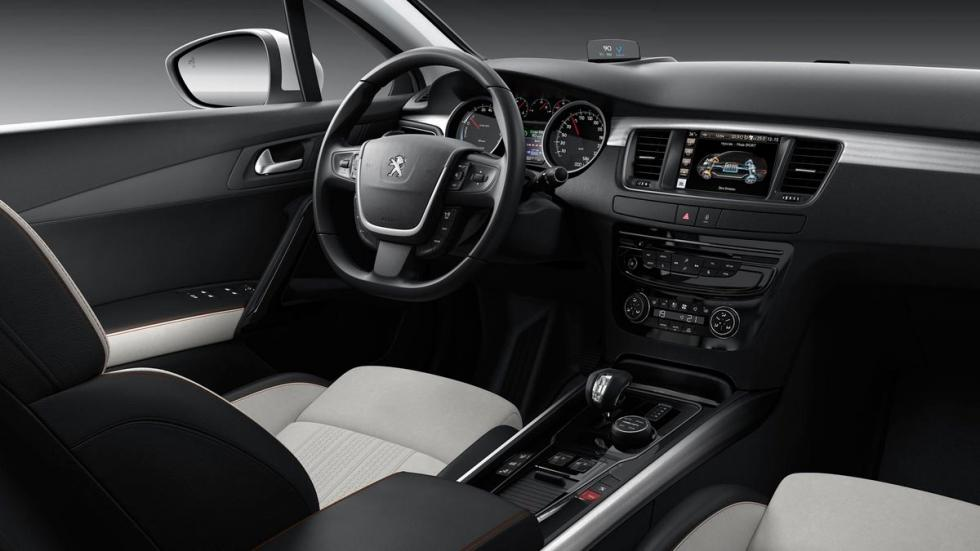 Rivales Subaru Outback: Peugeot 508 RXH