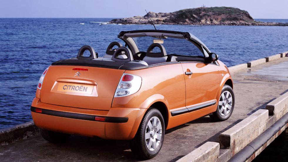 5 coches con los que no ligarían ni Brad Pitt o Angelina Jolie - Citroën C3 Pluriel