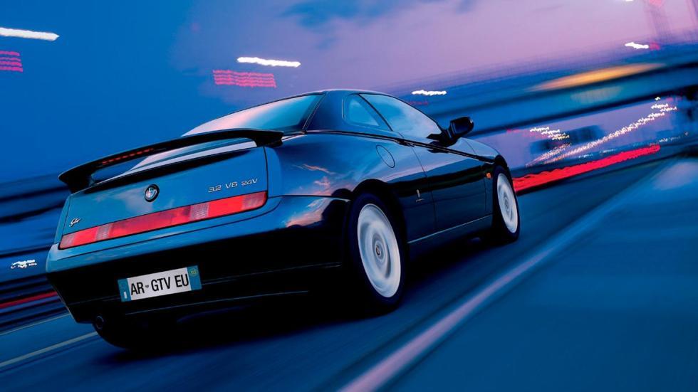 Alfa Romeo GTV clásico deportivo coupe