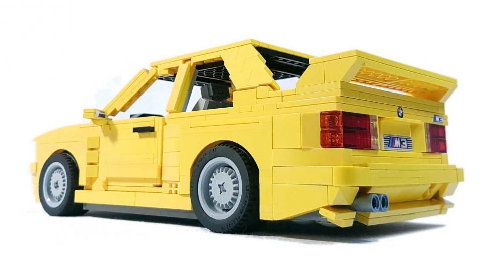BMW M3 E30 Lego tres cuartos