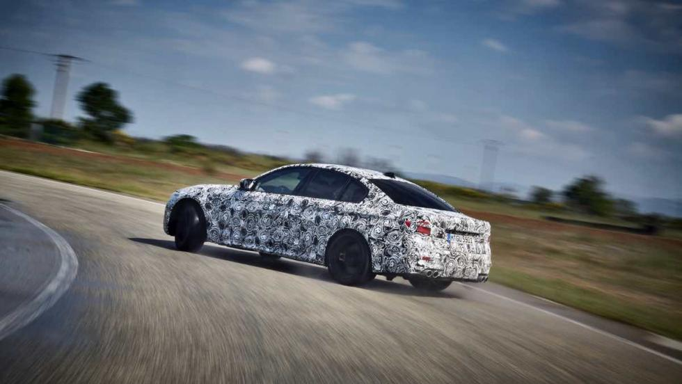 BMW M5 2017 derrape