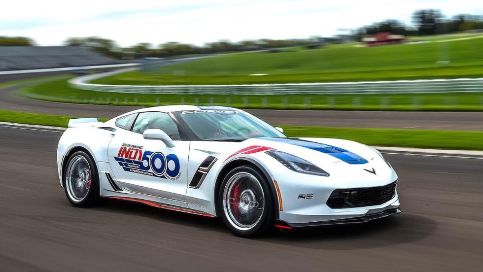 El Chevrolet Corvette Grand Sport, el pace car de la IndyCar 2017 rodando a tope
