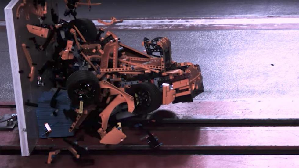 Crashtest Porsche 911 GT3 RS de Lego