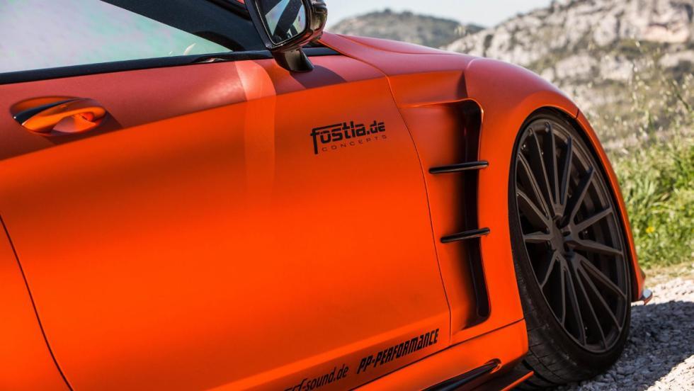 Espectaculares tomas de aire laterales del  AMG S63 de Fostla