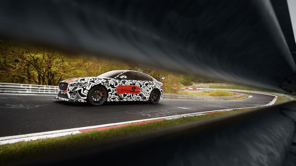 Jaguar XE Project 8 dinámica