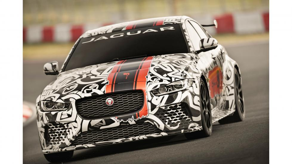 Jaguar XE Project 8 frontal