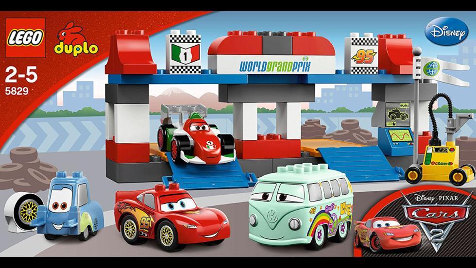 Los mejores coches de Lego por menos de 100 euros - Gran parada en boxes de Cars