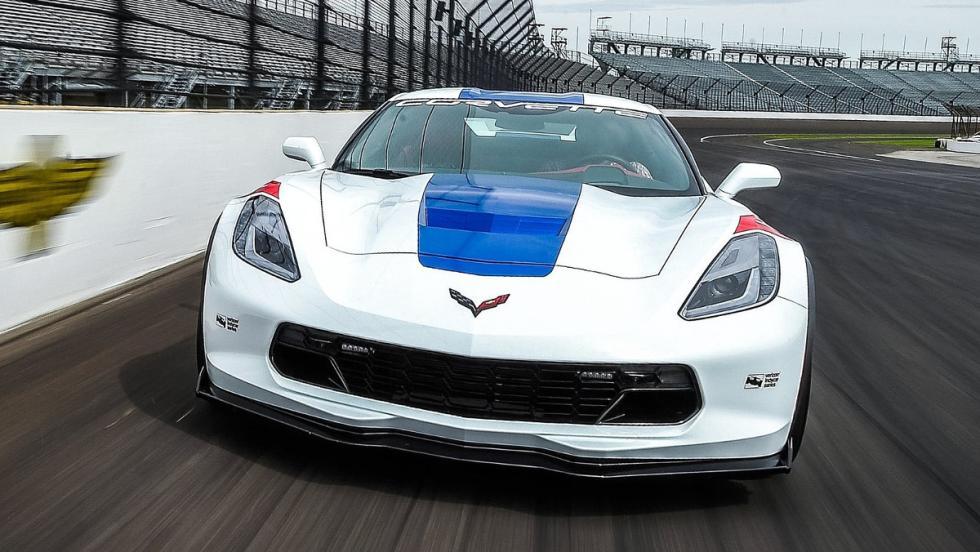 Menuda planta que tiene el Chevrolet Corvette GrandSport, el pace car de la IndyCar 2017