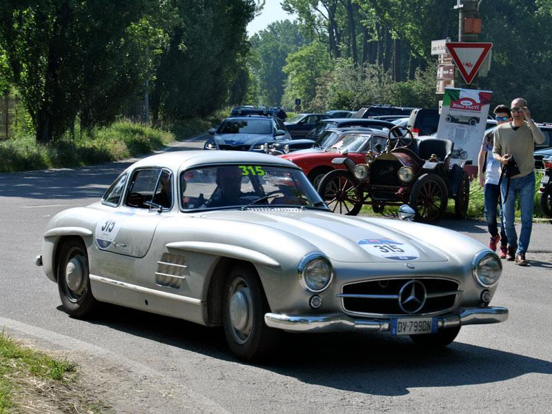 MERCEDES 300 SL COUPE' – 1954