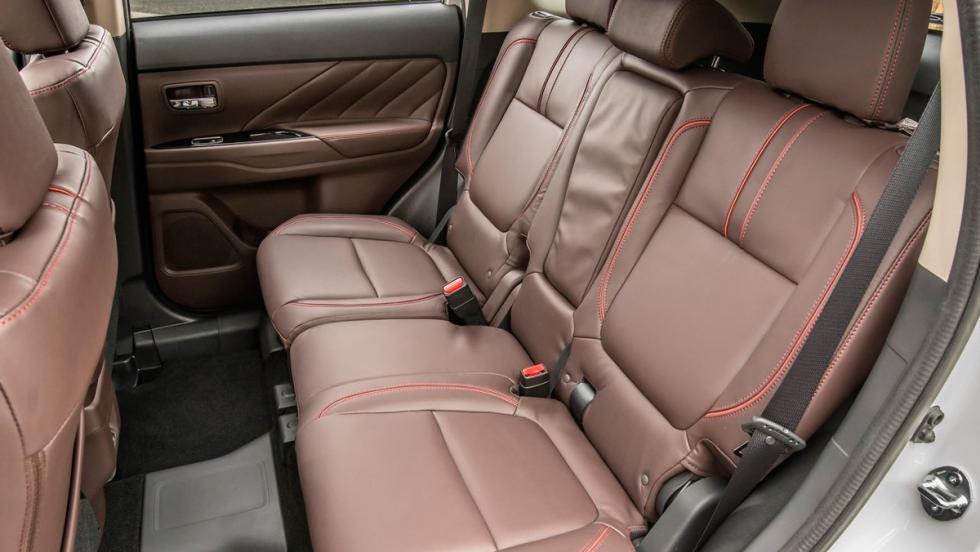 Mitsubishi Outlander PHEV 2017 (VIII)