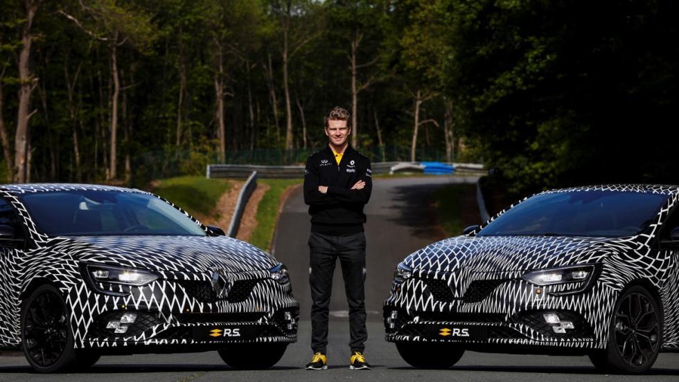 El Renault Megane R.S posa con Nico Hülkenberg