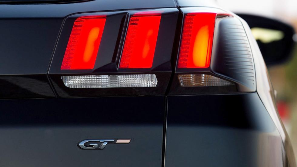 Los rivales del Seat Ateca FR - Peugeot 3008 GT