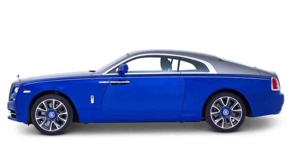 Rolls-Royce Wraith by Sheikh Zayed Bridge